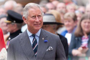 Il principe Carlo sembra snobbare la campagna ambientale del principeg3RtW 33